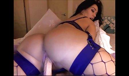 Pantat besar video sex wanita arab rambut pirang milf India summer ingin bercinta anak tiri