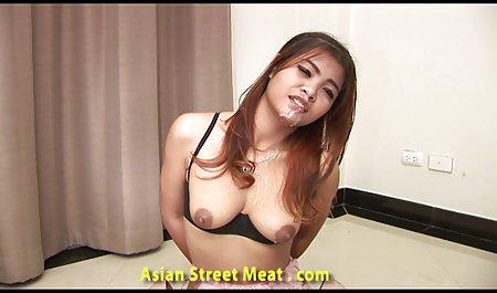 Hot brunette video seks penis kecil Latin milfy-pelacur