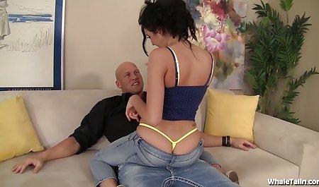 istri studiobokep Fucks bi-Bi-si