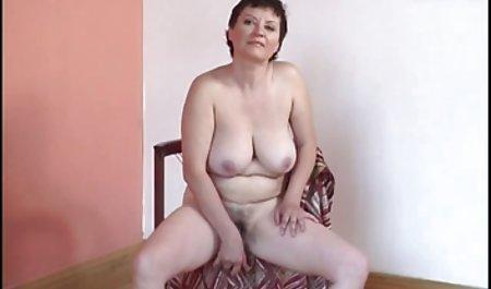 Tanita orgasme karena dia tante sex video menghilangkan merah pakaian dalam wanita