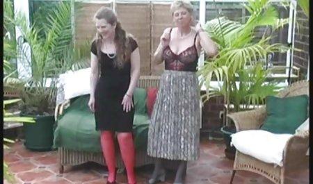 Empat Penari Telanjang Horny Bergiliran Kenikmatan Dua Ayam video seks cantik Bahagia