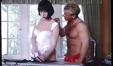 Remaja budak jeritan tante suka sex dan cums pada tuannya BDSM